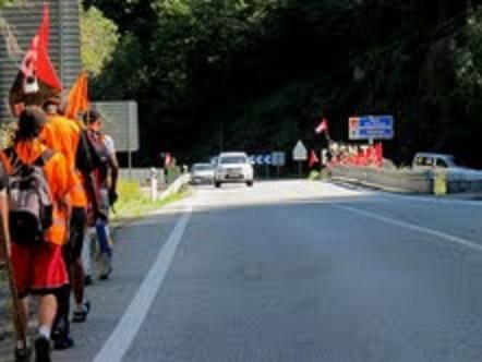 Etapa 26 de agosto de la Marcha a Bruselas(Trabajadores franceses y españoles marchan juntos en defensa de su dignidad)